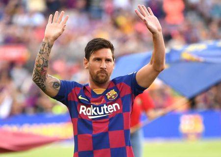 مسی، بارسلونا را ترک می کند