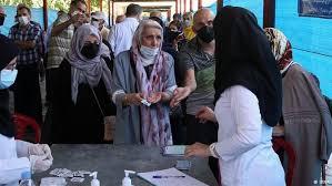 واکسن به اندازه کافی در استان موجود است/ نیروی انتظامی به ما کمک کند