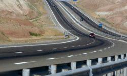 هزار و ۷۶۷ کیلومتر از راههای استان نیاز به ارتقا و راهسازی دارد /پروژههای راه سازی با مشکلات مالی رو به رو است