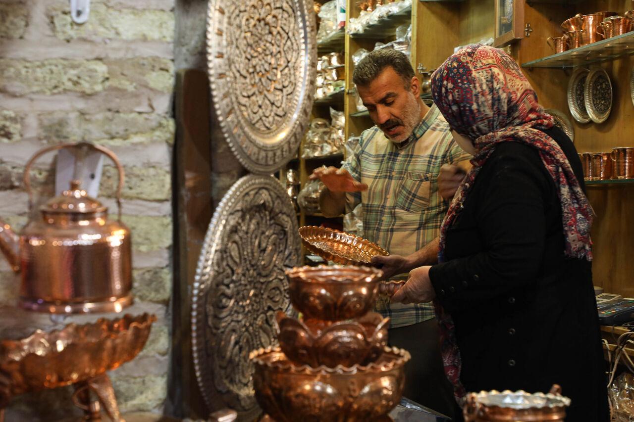 واردات صنایع دستی خارجی، نام اصفهان را خدشه دار کرده است